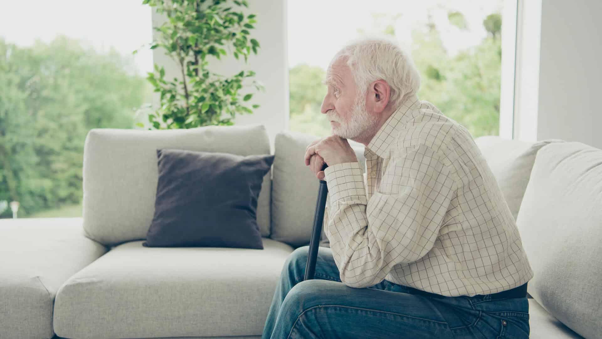 5 Dangers Seniors Face When Living Alone - Vitality Senior Living