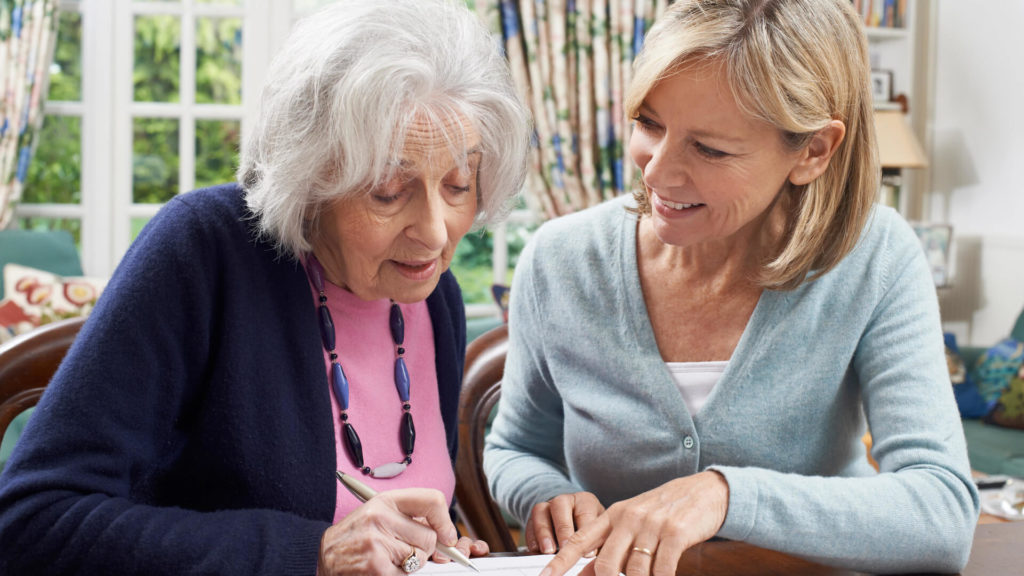 6 Ways to Ease Your Parent's Transition to Senior Living